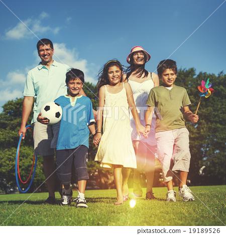 Family Park Enjoyment Picnic Summer Parents Child Concept 19189526