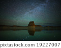 Milky Way over Lone Rock at Lake Powell 19227007