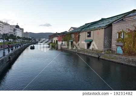 Otaru Canal 19231482