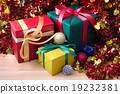 Christmas gift box 19232381