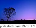 Silhouette of young photographer taking picture 19280371