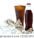 Cola drink with ice 19282363