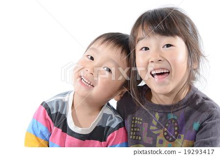 Nakayoshi siblings 19293417