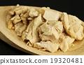 baking ingredient yeast 19320481