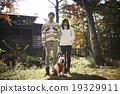 肖像 寵物狗 異性夫婦 19329911