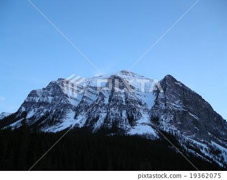 눈 캐나다 로키 산맥의 평온 19362075