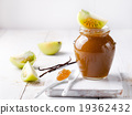 Green tomatoes jam with vanilla pods 19362432