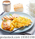 Scrambled eggs, omelet, pepper, smocked chicken 19363198