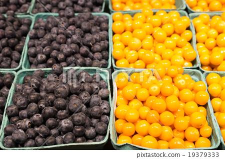 藍莓和黃漿果 19379333