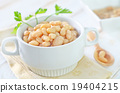 white beans in bowl 19404215