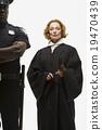 女人 警察 法律 19470439