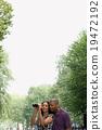 女人 双筒望远镜 公园 19472192