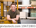 factory worker, smiling, man 19472803