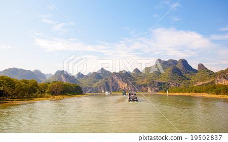 Lijiang river scenery 19502837