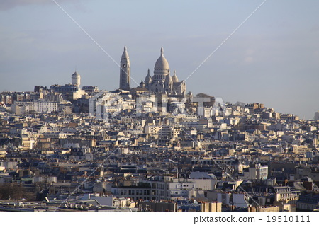 Sacred · Cool Temple seen from the Arc de Triomphe 19510111
