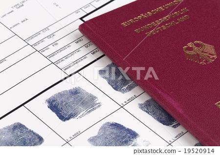Fingerprint card 19520914