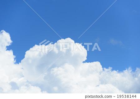 積雨雲 雷雲 天空 19538144