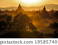 Sunrise over temples of Bagan in Myanmar 19585740