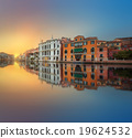 View to the grand canal and Academy in Venice 19624532