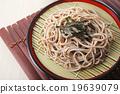 麵條 和食 冷蕎麥麵裝在盤 19639079