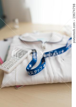 Nurse clothes 19674798