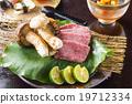 松茸蘑菇 茶道菜品 神戶牛肉 19712334