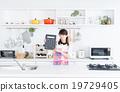 主婦 家庭主婦 廚房 19729405