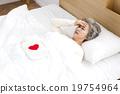 床 頭痛 頭疼 19754964