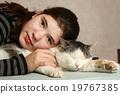cat, girl, kissing 19767385