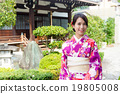 Woman with kimono dress 19805008