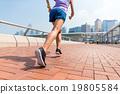 女人 女性 奔跑 19805584