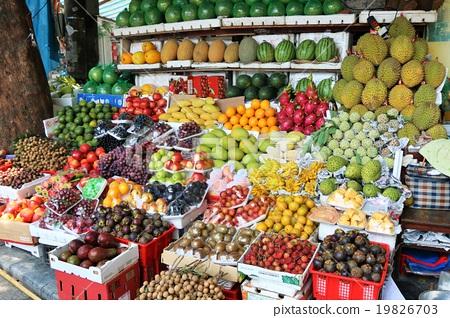 하노이의 과일 가게 19826703