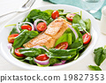 Salmon with Spinach salad 19827353