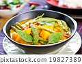 Pumpkin curry 19827389