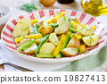 Potato with Herb and Asparagus salad 19827413