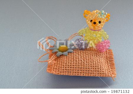 Teddy Bear · Tropical 19871132