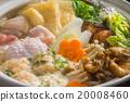 烹飪 用鍋烹飪 鍋裡煮好的食物 20008460
