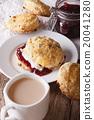 English pastries 20041280