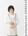 미들 여성 복통 20083429