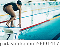 Swimmer on starting block 20091417