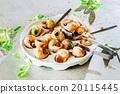 snails as gourmet food 20115445