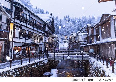 ginzan onsen, snowy, snow scene 20156797
