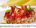 Strawberry Cake 20286774