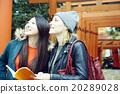 外國婦女在東京和日本婦女觀光 20289028