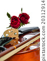 Violin and red roses on white background 20312914