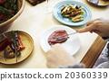 一個人切牛肉 20360339