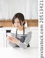 主婦 家庭主婦 生活方式 20513421