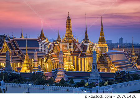 Golden Temple Wat Phra Kaeo at sunset 20701426