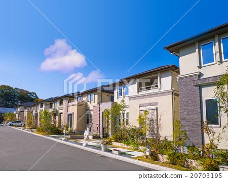 新建的公寓大楼 20703195