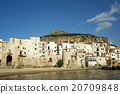 panoramic view of the Cefalu waterfront.  Sicily 20709848